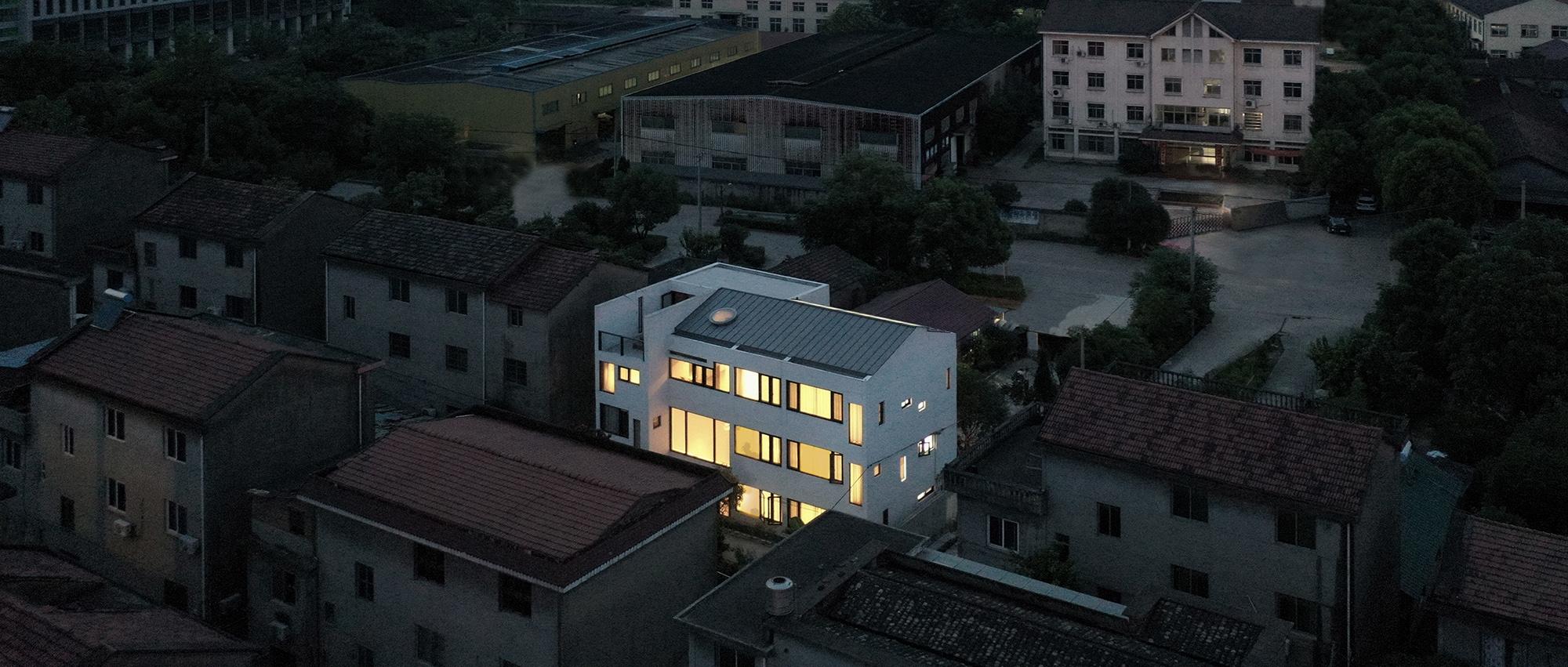 郦文曦建筑事务所:间之家/MA House